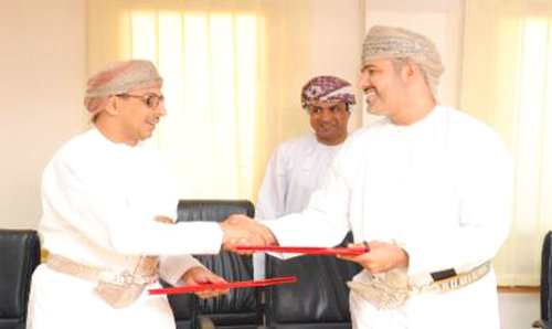 Diam and Oman Post sign accord