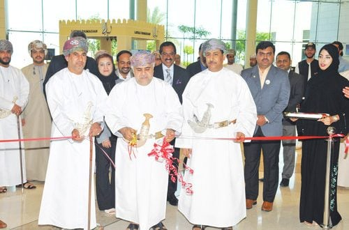 100 medical institutions participate in international exhibition, conference