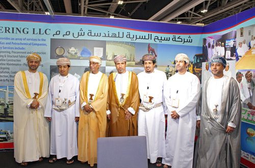 H E Mohammed al Zubair visits Seeh al Sarya Engineering stall at OGWA