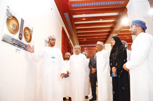 Ministry of Manpower holds photography exhibition for students