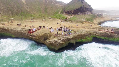 Over 300,000 tourists visit Salalah