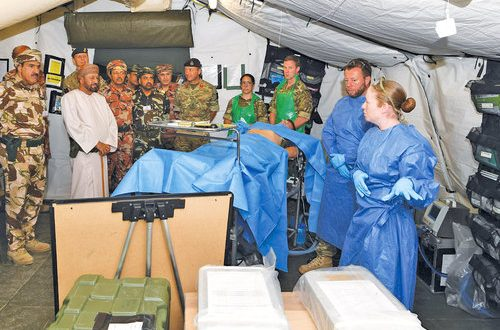 H E Sayyid Busaidi visits Swift Sword 3 operations theatre