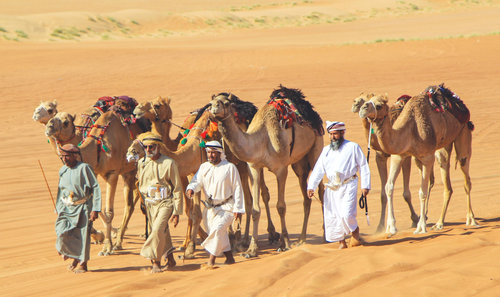 Four Omanis to ride 100km on camels across desert to promote tourism