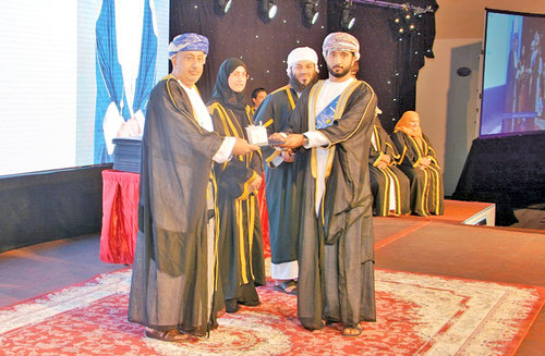 Ibra college celebrates graduation of 775 students
