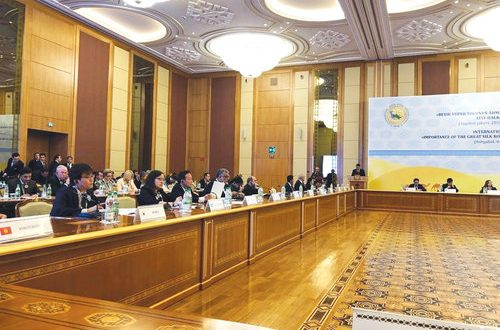 Oman takes part in Ashgabat conference on Silk Road and its future development