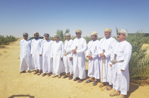 Dhahirah governor reviews date palm project