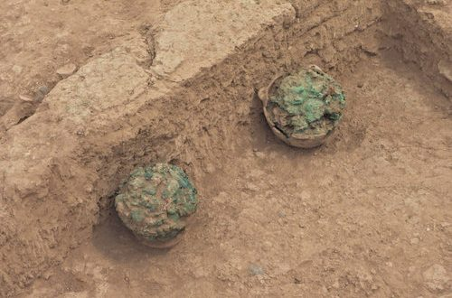Excavations in Salut find cemetery