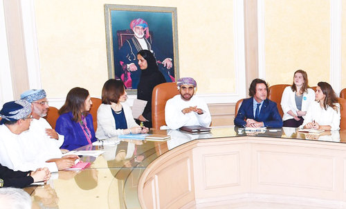H E Dr Hosni receives Unicef delegation
