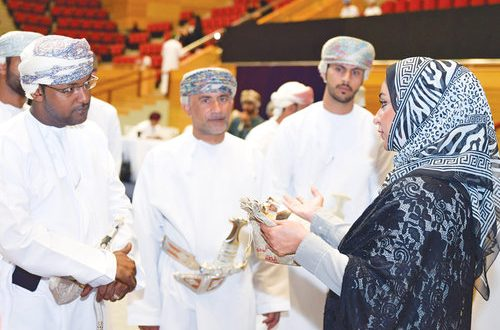 Shell Intilaaqah assists young entrepreneurs at SQU event