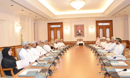 State Council discusses role of Omani drama, theatre