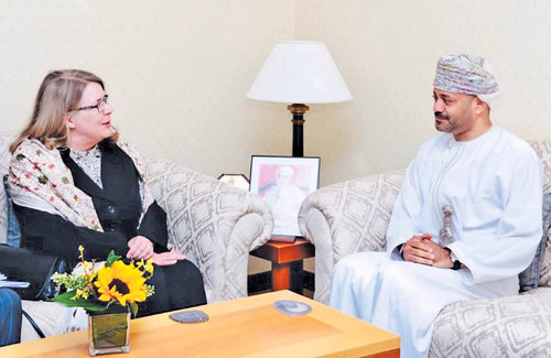Sayyid Badr, Finnish official discuss ways to boost ties