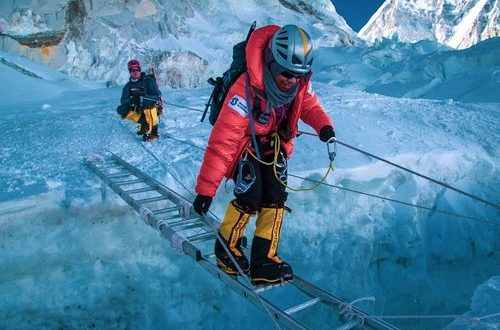 Nadhira scales Mt Everest