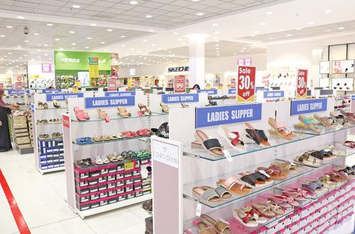 Lulu Hypermarkets kick off Annual Discount Sale 2018 at all outlets