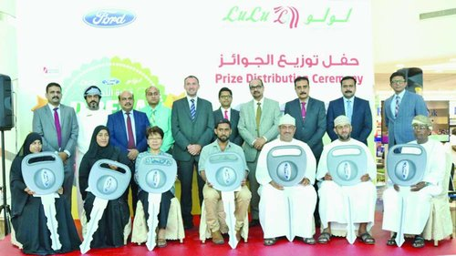 Lulu Hypermarket Hands More Than Keys Of Ford Expedition To Dream Drive  Winners